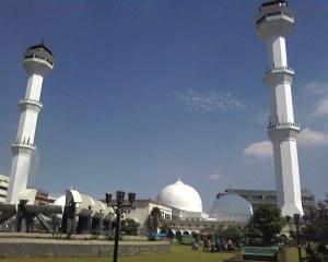 Masjid Raya Bandung.